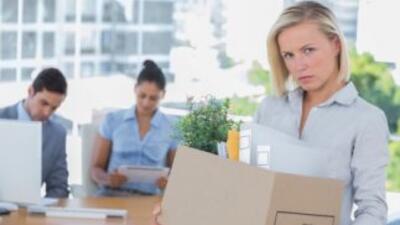 No es sencillo despedir a un empleado, pero puedes hacerlo menos complic...