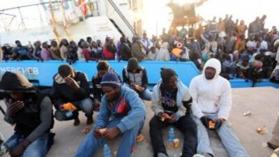 Inmigrantes indocumentados que habían zarpado de Libia interceptados por...