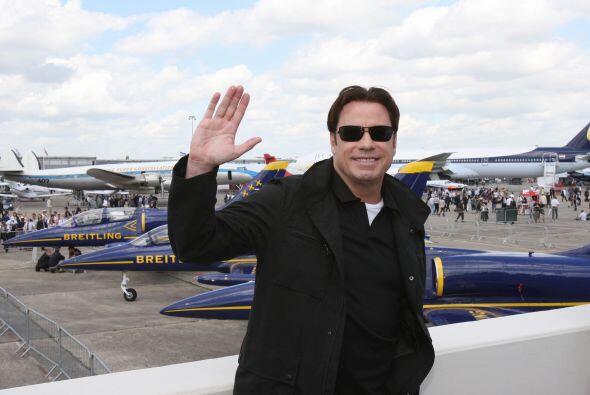 John Travolta es originario de Nueva Jersey y nació el 18 de febrero de...