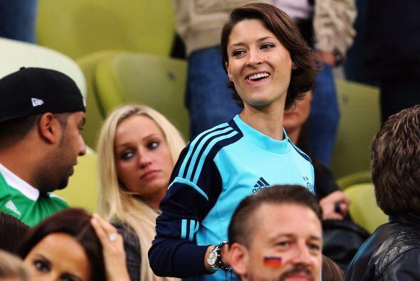 A la esposa de  Manuel Neuer se le ha visto en el Mundial de Brasil 2014...