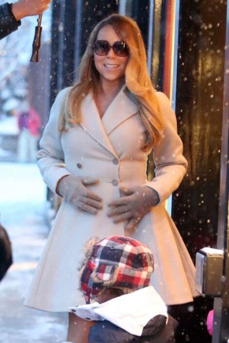 En definitiva, Carey sabe cuál es su fuerte a la hora de vestirse y posa...