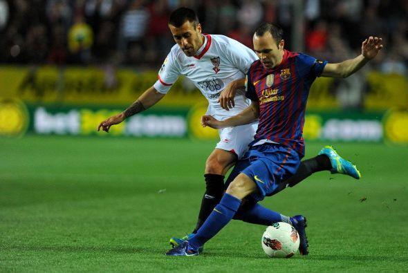 Sevilla recibió al Barcelona con un estadio lleno y muchas ganas...