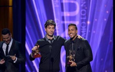 Enrique Iglesias y Romeo Santos fueron los máximos ganadores de la noche.