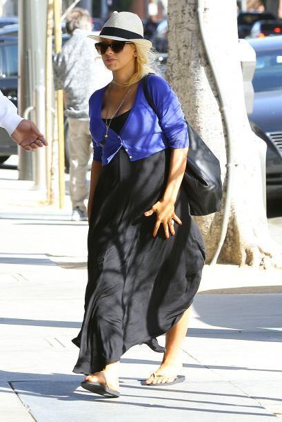 ¡El embarazo le dio un mejor gusto 'fashionista' a Christina Aguil...