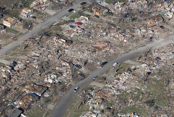 Vista aérea de la destrucción causada en Washington por lo...
