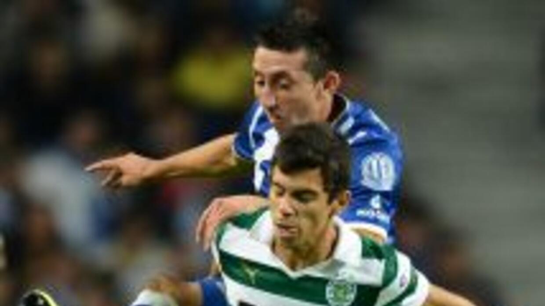 Héctor Herrera disputó 67 minutos como titular con el líder Oporto.