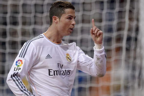 Comenzamos con el futbolista del Real Madrid, quien ya ganó este...
