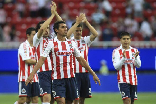 11.- Chivas con el ánimo a tope, nueve juegos sin perder.- Después de on...
