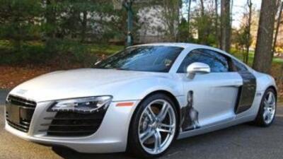 El sitio de Autotrader puso a la venta el Audi R8 2009 que apareció en l...
