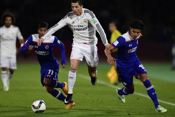 Con el gol a su favor el Real Madrid comenzaría a ejercer dominio en el...