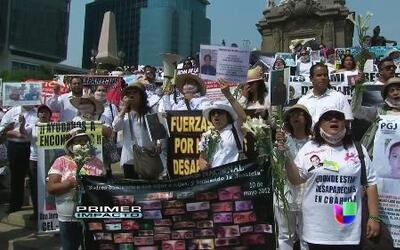 Marcha de cien madres de hijos que han sido víctimas de desaparición for...
