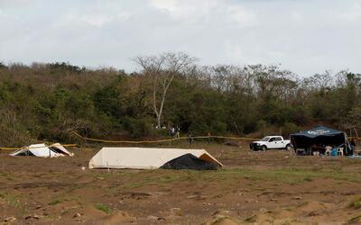 La identificación de los cadáveres encontrados en fosas de Veracruz se d...