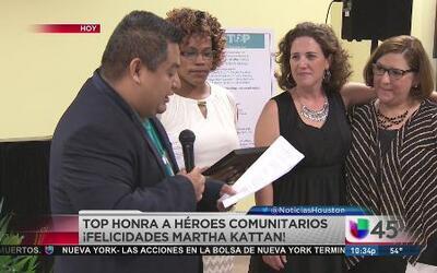 """Hay un """"héroe comunitario"""" en Univision 45"""