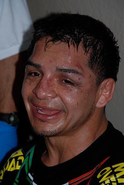 Al final, el guerrero mexicano se ganó un bono de 65 mi dólares por la p...