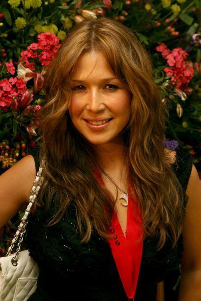 Después de ella, salió en 2001 con la actriz y cantante la...