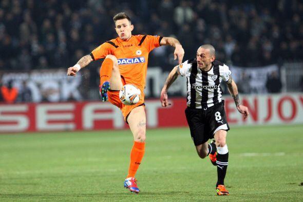 Udinese goleó 3 a 0 al Paok de Grecia.