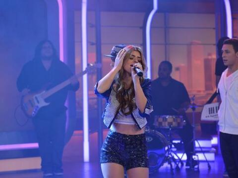 La cantante nos deleitó con su música, mientras que El Das...