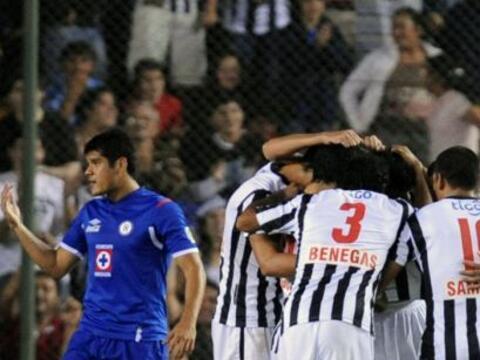 Cruz Azul necesitaba ganar por cualquier marcador, pero Libertad al minu...