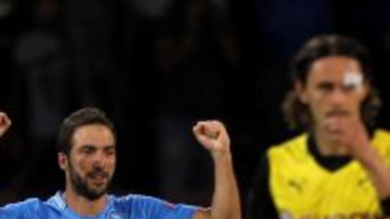 El 'Pipita' Higuaín se hizo presente en el marcador para el triunfo napo...