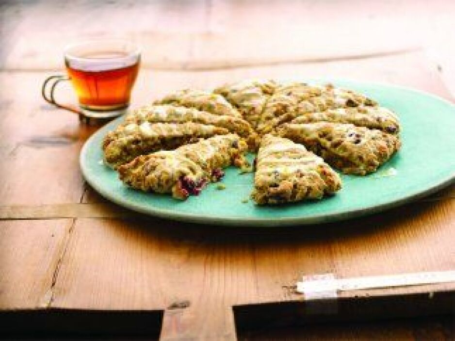 Bizcochos de arándanos y naranja: Estos pastelitos no solo son exquisito...