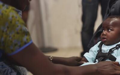 Regresa a su país de origen una niña operada en el Hospital Infantil Adv...
