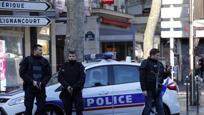 Policía francesa en el operativo de este jueves en París