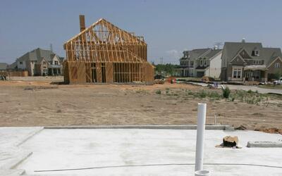 La empresa Briseño Construction fue demandada por la procuradur&i...
