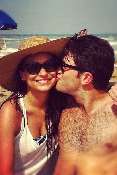 Ana Brenda comenzó su romance en abril de 2012 con el escritor.