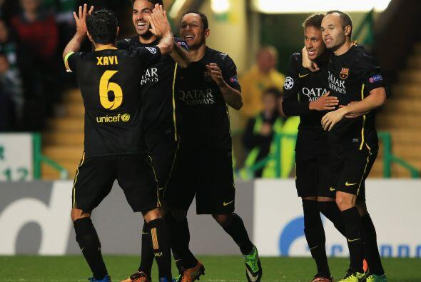 Exactamente a falta de 15 minutos para el final, Cesc Fábregas ab...