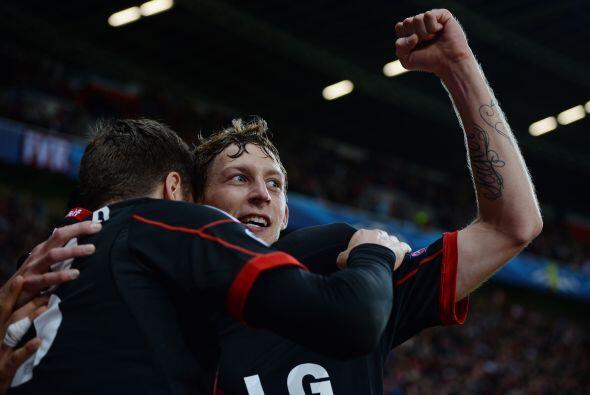 Bayer Leverkusen también goleó, le marcó un 4-0 al Shakhtar Donetsk.