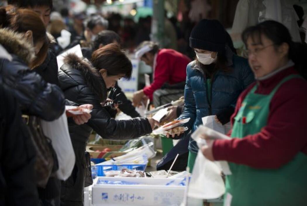 Mientras escasean el combustible, los alimentos y el agua, el Ministerio...