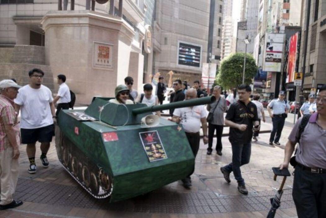 Aunque en Hong Kong, manifestantes salieron a las calles con una mini ré...