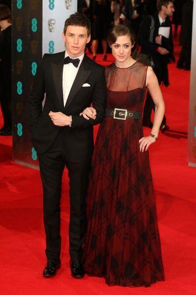 ¡Eddie Redmayne y su pareja Hanna Bagshawe se pusieron de acuerdo para v...