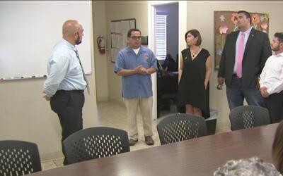 Personal del DIF de Sonora visita El Valle para recibir ayuda de la orga...