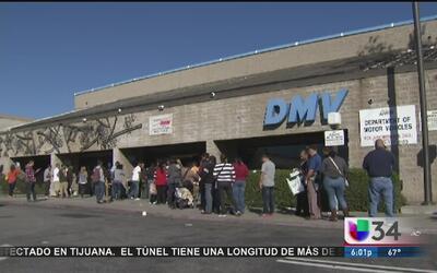 Paralizadas oficinas del DMV al sur de California