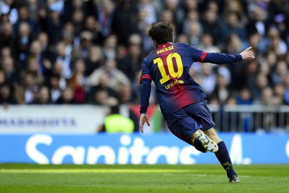 Fue el décimo octavo gol de Messi al Real Madrid e igualó a su compatrio...