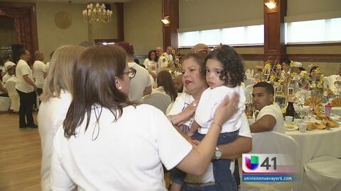 Celebran el Día de las Madres Dominicanas