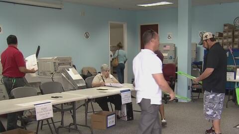 Electores de Florida ya están votando de manera anticipada para escoger...