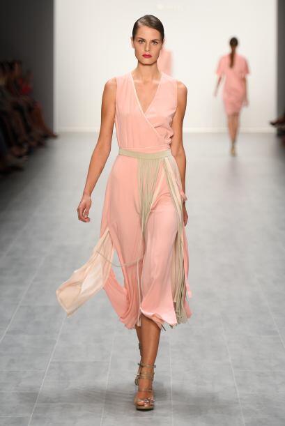 Vestido que se amarra: La ventaja de este vestido, es que no tienes qué...