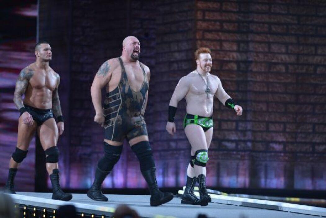 Randy Orton, Big Show y Sheamus llegaron muy decididos para acabar con e...