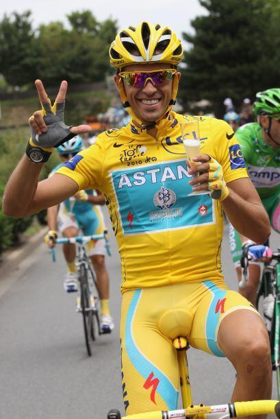 Contador explicó que había recibido muchos mensajes de fel...