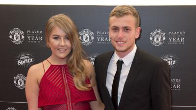 Una casa de apuestas británica criticó a la pareja del futbolista.