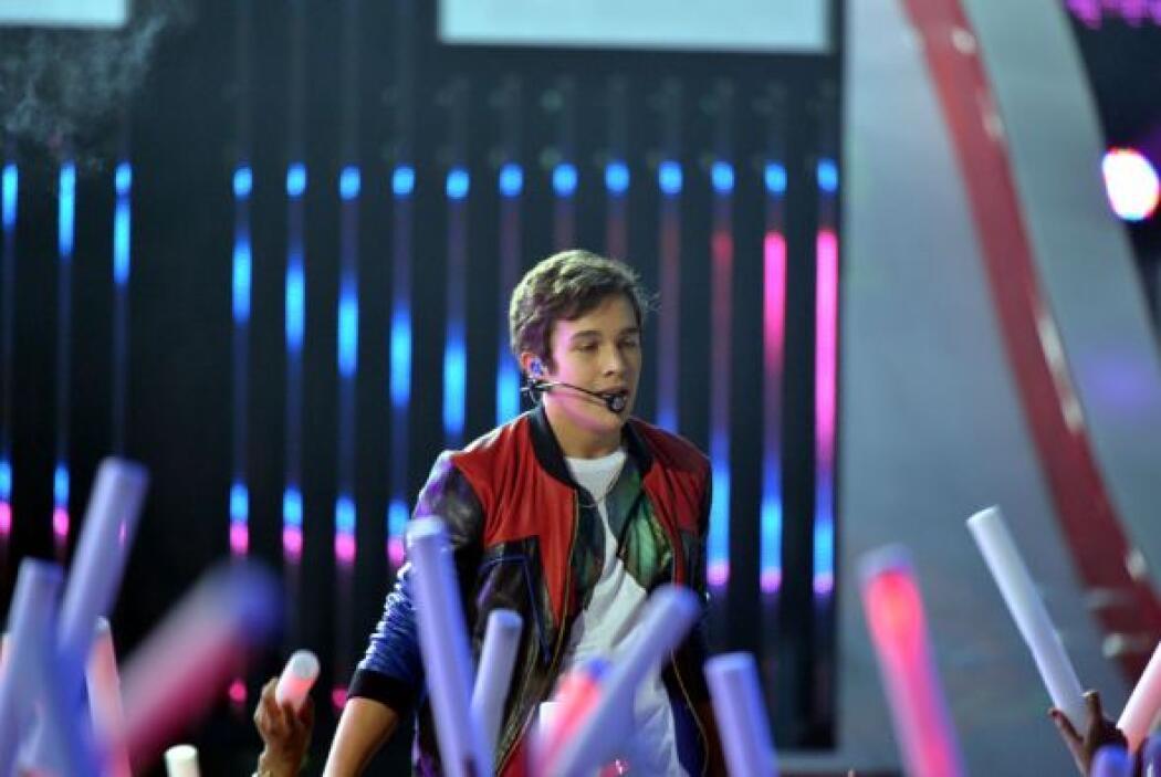 Austin Mahone se lució en la noche de Premios Juventud