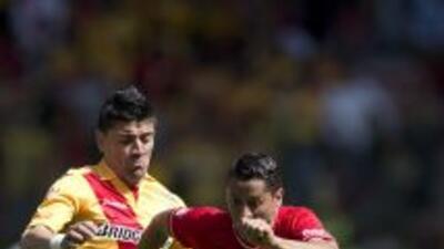 Héctor Mancilla sacrificándose más en Morelia, el delantero chileno no h...