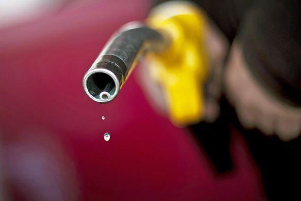 A la hora de comprar gasolina, ya sea en tu auto de todos los días o en...