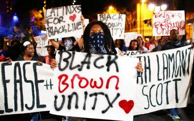 Cuarta noche de protestas callejeras en Charlotte, Carolina del Norte