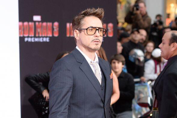 20. Robert Downey Jr.  Ganancias netas: $75 millones.  Presencia en radi...