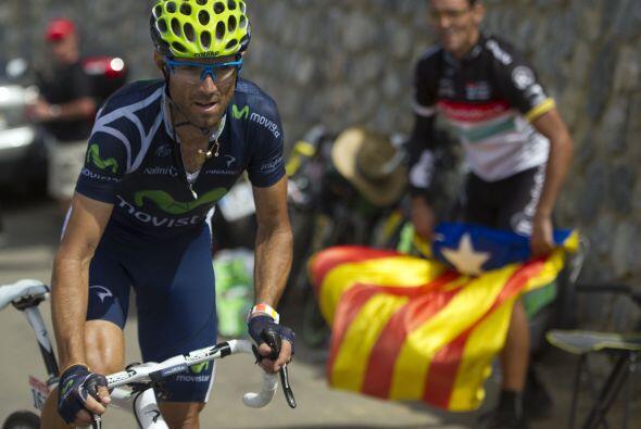 Valverde se quedó en solitario en cabeza, tras liderar una fuga q...