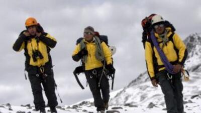Dos estadounidenses fueron hallados el domingo muertos en el nevado peru...