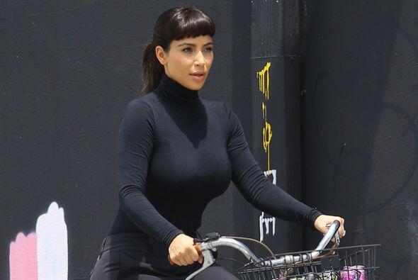 ¿Te gusta ver a Kim más tapadita? Más videos de Chi...